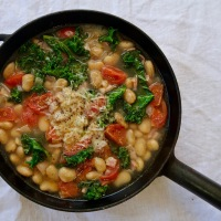10 Minute White Bean Soup